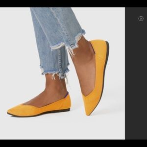 Rothy's yellow pointy toe shoes size 8.5